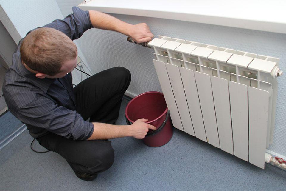 тому что нужно сделать если протикает радиатор ОЗНАЧАЕТ